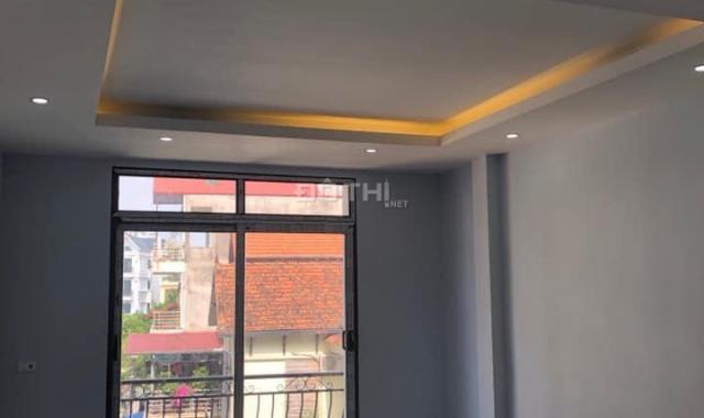 Cho thuê nhà riêng 5 tầng ngõ ô tô Thạch Bàn, Long Biên, 50m2, LH: 0984.373.362
