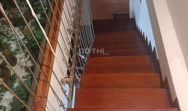Bán gấp nhà 5 tầng DT 35m2, MT 5m giá 11,6 tỷ ngõ phố Ngõ Gạch, Hoàn Kiếm, HN. LH 0904969828