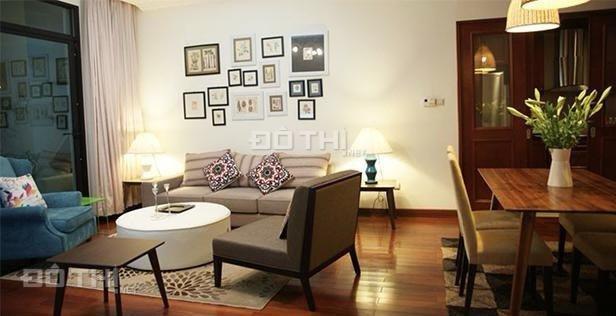 Cho thuê căn hộ 2 phòng ngủ đầy đủ nội thất Vincom Bà Triệu 132m2, LH 0974429283