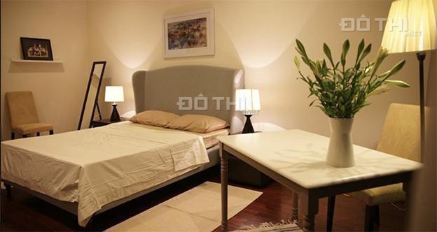 Cho thuê gấp căn hộ 2 phòng ngủ Vincom Bà Triệu 132m2 trước dịp tết nguyên đán, LH 0974429283