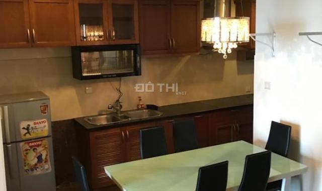 Cho thuê căn hộ 130m2 thiết kế 2 phòng ngủ đầy đủ nội thất Vincom Bà Triệu, LH 0974429283