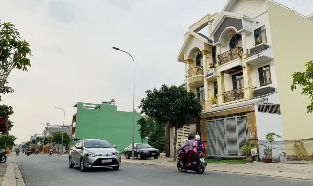 Bán 2 nền liền kề đất thổ cư 90m2 kế bên bệnh viện Hữu Nghị Việt - Nhật, sổ hồng riêng
