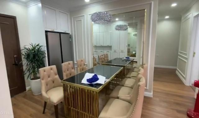 Cho thuê CHCC Emerald CT8 2 - 3 PN đủ loại nội thất quỹ căn đẹp giá chỉ từ 9tr LH: 037.204.2261