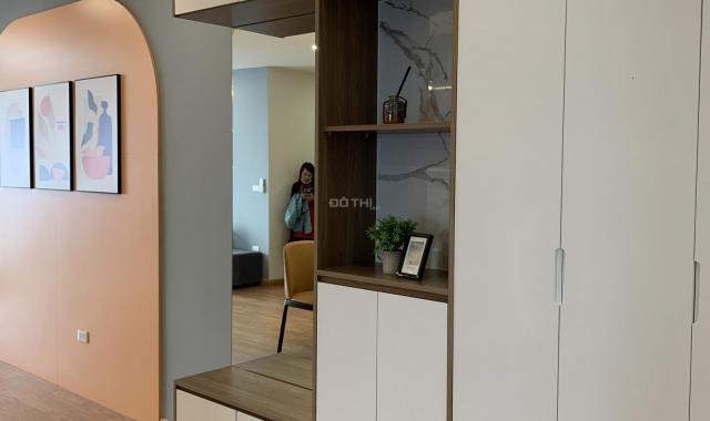 Hot, cắt lỗ căn 3PN tầng 20 diện tích 86m2 chung cư KĐT Việt Hưng giá chỉ 2,24 tỷ, sổ đỏ trao tay