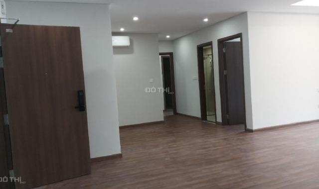 Cần bán CC N04 T2 Ngoại Giao Đoàn 111.3m2 chia 3 ngủ, tầng đẹp về nhận nhà ngay