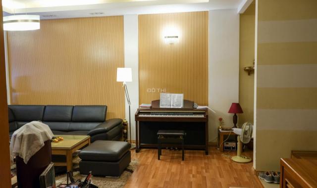 Bán căn hộ 151m2 Vimeco Nguyễn Chánh 3PN, sửa đẹp giá rẻ chỉ 4 tỷ