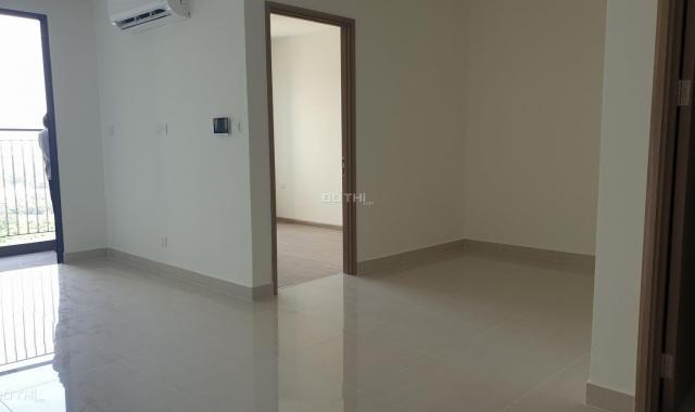 Chính chủ cần cho thuê căn hộ 1PN + 1, ĐN, view sông, nội thất cơ bản, Vinhomes Q9, giá 4.5tr