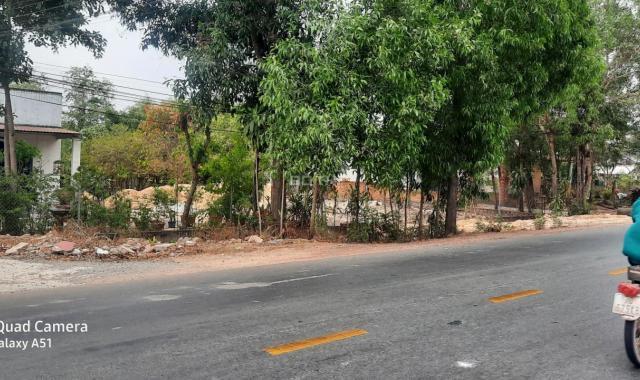 Cho thuê đất chính chủ 900m2 ngay cổng Vsip 2