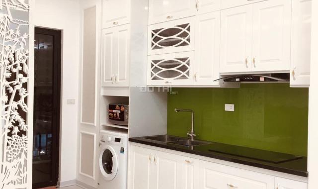 Cho thuê căn hộ chung cư The Emerald CT8 Đình Thôn, 86m2 - 3PN, full đồ, 15 triệu/1 tháng