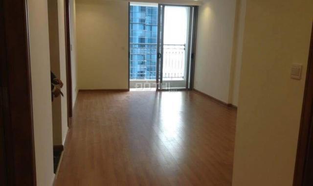 Bán căn hộ chung cư Vinhomes Nguyễn Chí Thanh, 2 phòng ngủ, ban công ĐN, giá chỉ 5.1 tỷ, SĐCC