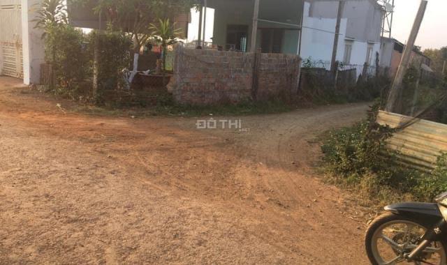 Bán đất ngay khu dân cư, ngay gần trường học
