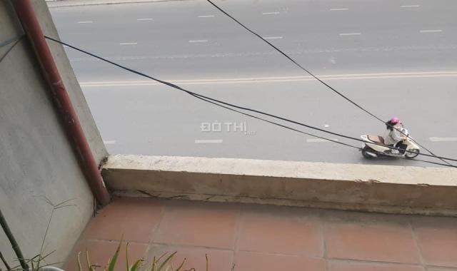 Hot: Bán gấp lô đất mặt đường Nghi Tàm (340m2 - mặt tiền 7m - giá 230 tr/m2)
