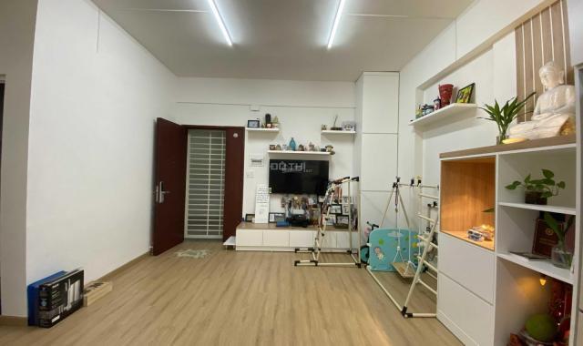 Cần bán căn hộ CC Đông Hưng 1 DT 57m2/1PN/1WC LH: 0902518772