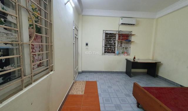 Cho thuê căn hộ chung cư mini 23m2 khép kín, riêng biệt, không chung chủ, tại 342 Khương Đình