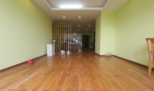 Cần bán căn hộ chung cư Ngoại Giao Đoàn toà N04B giá đẹp