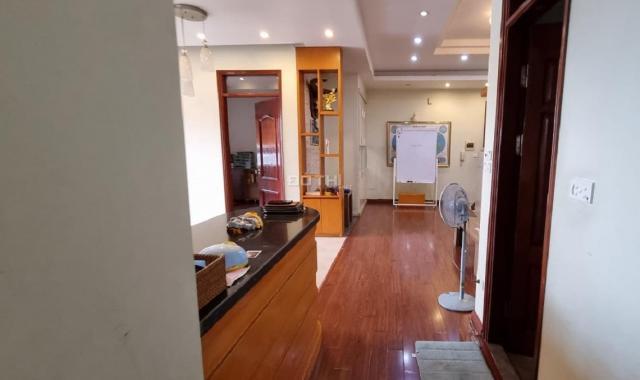 Cần bán cc Phạm Văn Bạch 118m2, 2 ngủ, căn góc, vuông vắn, SĐCC
