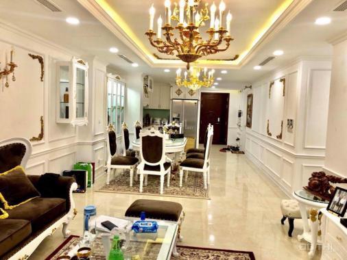 Cho thuê căn hộ Diamond Flower Tower, DT 126m2, 3 phòng ngủ, đồ cơ bản, 20 tr/th. 0902872555