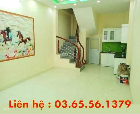 Bán nhà ô tô đỗ cửa, kinh doanh đỉnh, Thanh Lân, 32m2 * 4T, giá 2.6 tỷ