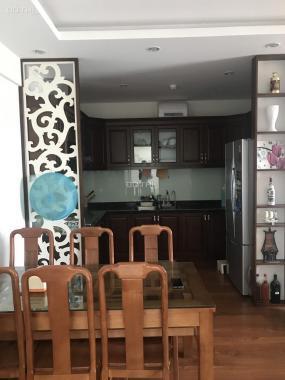 Cho thuê căn hộ 3PN, nội thất sang trọng sạch đẹp tại Green Stars