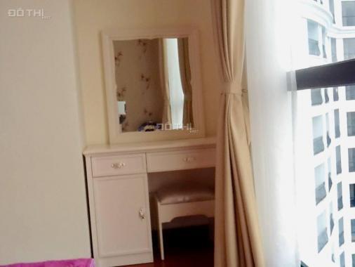 Cho thuê căn hộ chung cư Central Field-219 Trung Kính. DT 70m2, 2PN sáng, đủ đồ đẹp, đang trống