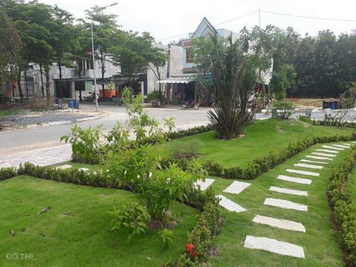 Đất TP cách chợ Hóc Môn 5km, giá 450 tr nhận nền đường 36m, sổ riêng, CK hấp dẫn. LH: 0938.655.383