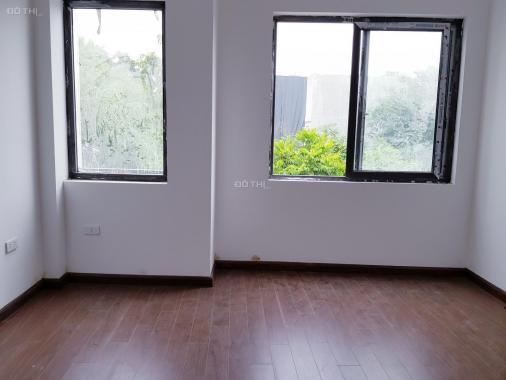 Nhà xây mới Phú Lãm, ngõ thông gần trường CĐ Thương Mại, Chợ Xốm. Giá chỉ 1.15 tỷ, LH 0982690829