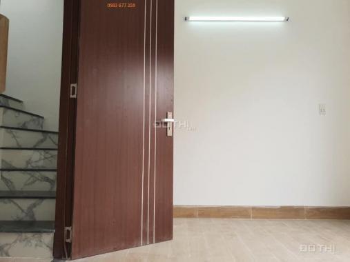 Bán nhà 4x10m, đường Nguyễn Thị Tú xây 2 lầu, giá 2 tỷ 50 triệu. LH 0983 677 359