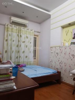 Bán gấp nhà Giải Phóng, ở luôn, 42 m2 x 4T, 4 phòng ngủ