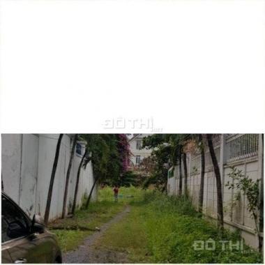 Cần bán gấp MT đường Lê Thị Riêng, q12. Cách trường Nguyễn Trung Trực 500m, giá: 1.5 tỷ, 0903819010