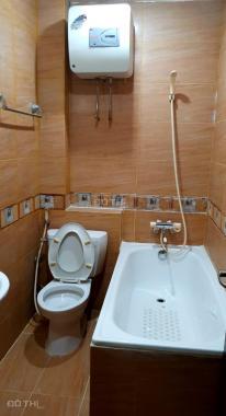 Cho thuê căn hộ giá rẻ full NT, đường Lê Thánh Tông, Q. 1. 20m2, giá chỉ 7 tr/th, lh 0941416502