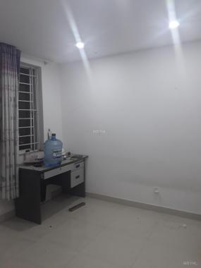 Bán căn hộ 2PN giá rẻ ngay ngã tư MK, Phường Phước Long A, Q. 9