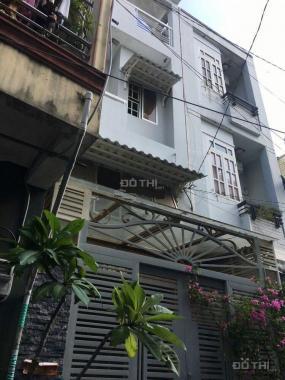 Nhà Phạm Phú Thứ, Phường 4, Quận 6, 2 lầu sân thượng, giá chỉ 4 tỷ. Sổ hồng riêng