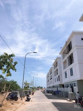 Bán lô đôi thông đường Nguyễn Sinh Sắc - ven biển Đà Nẵng