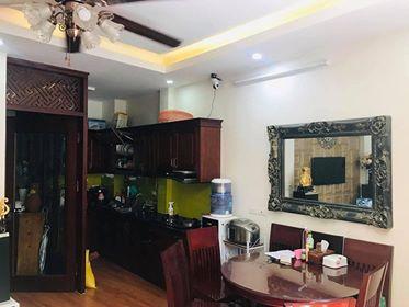Bán nhà 5 tầng, MT 5m, kinh doanh sầm uất tại Ba Đình với giá rẻ bất ngờ