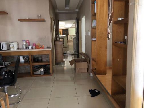 Cho thuê căn hộ ở tầng 16 khu căn hộ cao cấp The Flemington Tower, đường Lê Đại Hành, Q. 11