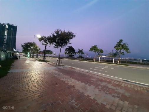 Đất 3 mặt tiền đường Như Nguyệt - Bạch Đằng, view sông Hàn, giá rẻ: 134 triệu/m2