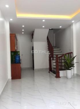 Bán nhà đẹp tại tổ 14, Thạch Bàn 31.8m2 x 5 tầng ngõ 2,3m, giá 1,98 tỷ (cách chợ Đồng Dinh 250m)