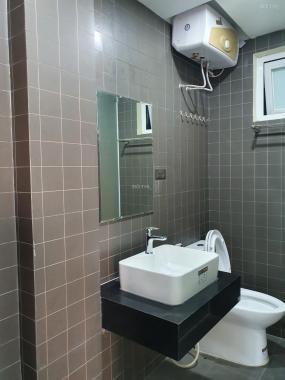 Cho thuê căn hộ 6,5 triệu/th tại Tô Hiệu, Hoàng Quốc Việt, Cầu Giấy, full nội thất cực đẹp