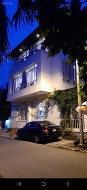 Biệt thự mặt tiền KDC Nam Long Phước Long B, quận 9