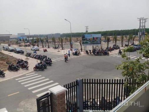 Bán lô đất 100m2 ngay sau lưng chợ Hội Nghĩa, Nam Tân Uyên, giá 950tr sổ hồng riêng, bao sang tên