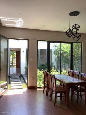 Bán gấp biệt thự mini nghỉ dưỡng, có sân vườn, hồ cá, diện tích đẹp, sổ hồng chính chủ