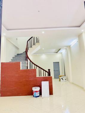 Bán nhà đẹp gần mặt đường Trần Phú, Hà Đông, HN, dt 33 m2*4T, giá 2,7 tỷ, Lh 0389336739
