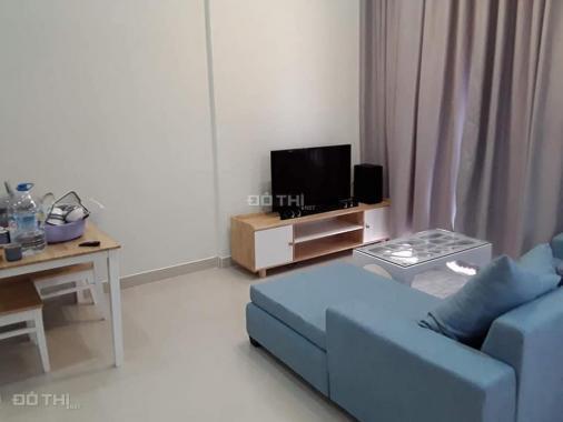 Bán căn hộ La1 51m2, 2PN, giá 2 tỷ, có nội thất, LH 0907782122