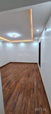 Cần bán CH tập thể khu C1 mặt đường Hoàng Ngọc Phách, Nguyên Hồng Đống Đa, Hà Nội