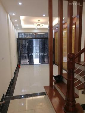 Phố Yên Lạc, kinh doanh, ô tô vào nhà, 5.2 tỷ Hai bà trưng, LH: 0984888458