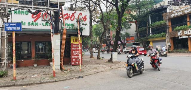 Bán căn hộ tập thể Nghĩa Tân, Cầu Giấy, Hà Nội - nhà A8 - 135m2