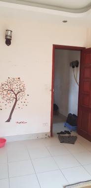 Cho thuê phòng trọ ngõ 27 Võ Chí Công, giá 1,8 tr/th