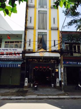 Bán nhà 4 tầng MT Hoàng Văn Thụ, hiện tại đang kinh doanh khách sạn