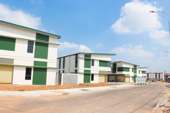Bán nhà nguyên căn DT: 80m2 1 trệt 1 lầu kế bên khu công nghiệp Mỹ Phước 1. LH: 0948274947 Mr Sơn