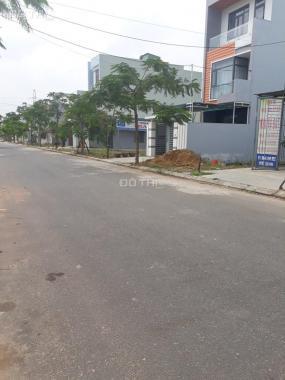 Cần bán gấp nền đất trên đường Song Hành, giá 800tr, SHR